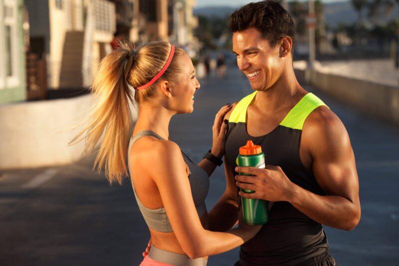 Soja Protein wird von Sportlern getrunken